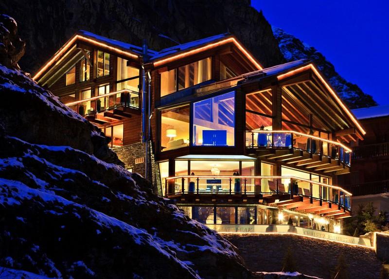Luxury 5 star chalet boutique hotel in Swiss Alps 1